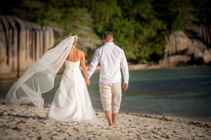 Hochzeitsfotograf, Seychellen, La Digue, Hochzeit, Strandhochzeit, Anse Source d'Argent